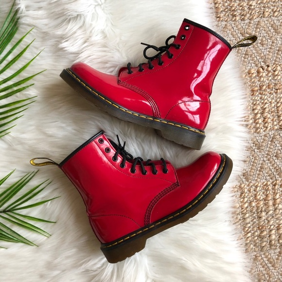 Dr. Martens 1460 W Cherry Red Patent Lamper 9